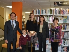 la-mediatheque-celebre-son-2000eme-adherent-12-04-2013